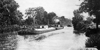 canal_steamboat